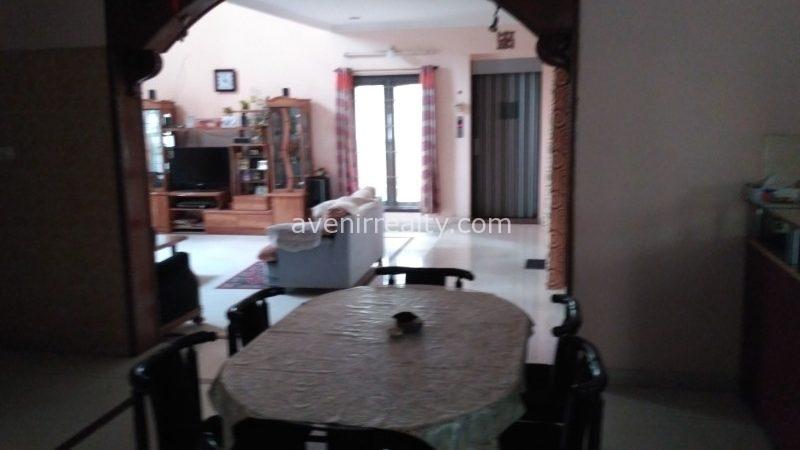 Semi furnished villa for sale in Dream valley at Manikonda.