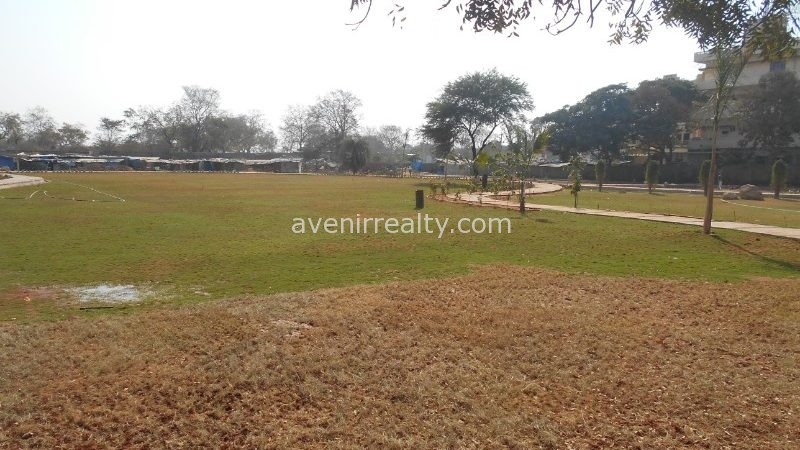 Villas in gated community close to ORR