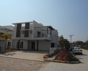 villas sale in gandipet