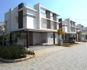 Urban Villa in Gated community close to Kokapet